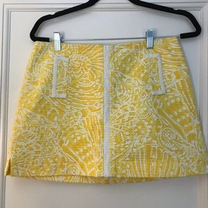 Lilly Pulitzer Mini w/ built-in shorts Size 6